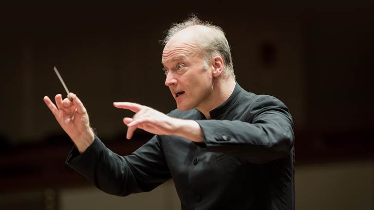 <p>Noseda conducts Mahler's Fifth</p>